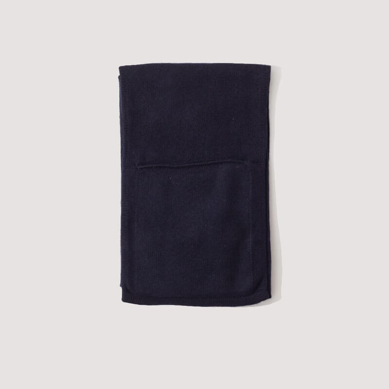 Lambswool Pocket Scarf - Dark Navy