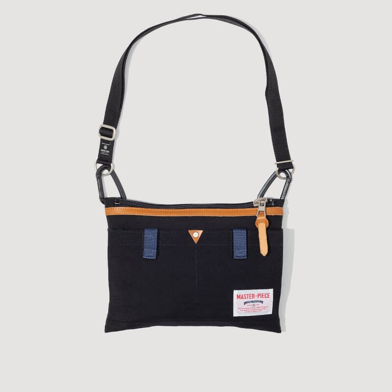 Link Shoulder Bag - Black